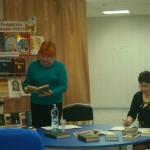 Елена Хараничева представляет книги по истории празднования Рождества на Руси